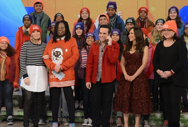 ROSIE'S THEATER KIDS, NICOLLE WALLACE, WHOOPI GOLDBERG, MARIO CANTONE, ROSIE PEREZ, ROSIE O'DONNELL